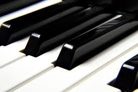 Kender du en god klaverstemmer?